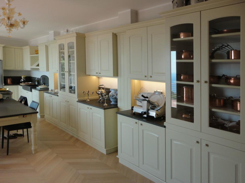 Cucine su misura, progettazione cucine, cucine in legno massello ...