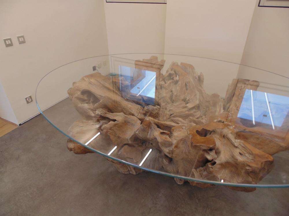 Tavolo in legno massello tavolo in noce tavolo su misura for Tavolo cristallo e legno
