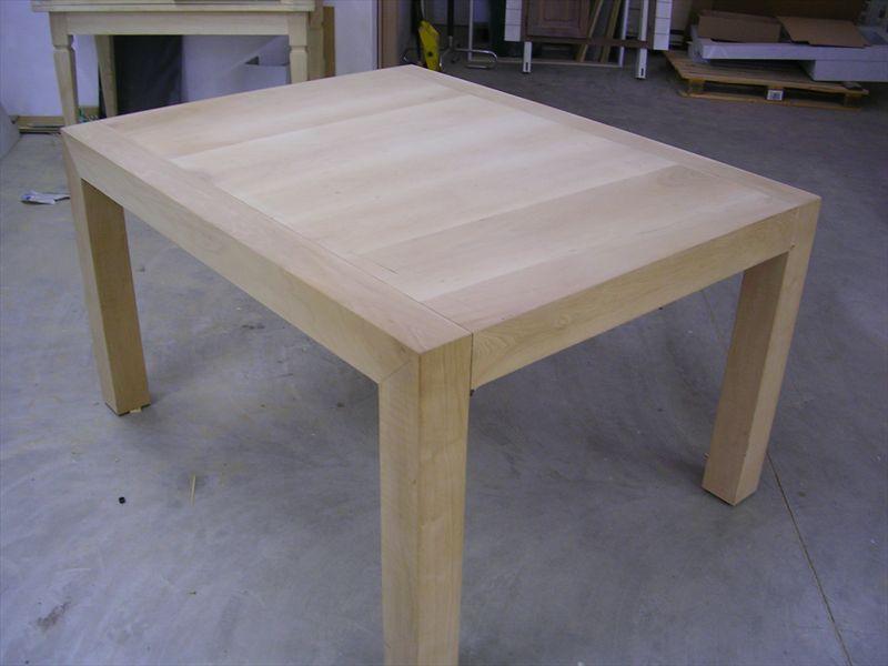 Tavolo in legno massello tavolo in noce tavolo su misura - Tavoli classici in legno ...